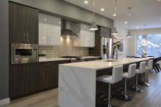 Photo 10: 9639 85 Avenue in Edmonton: Zone 15 House for sale : MLS®# E4160818
