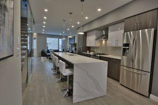 Photo 8: 9639 85 Avenue in Edmonton: Zone 15 House for sale : MLS®# E4160818