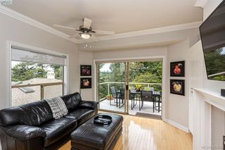Photo 6: 22 4300 Stoneywood Lane in VICTORIA: SE Broadmead Row/Townhouse for sale (Saanich East)  : MLS®# 816982