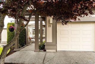 Photo 1: 22 4300 Stoneywood Lane in VICTORIA: SE Broadmead Row/Townhouse for sale (Saanich East)  : MLS®# 816982