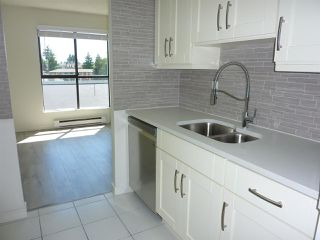 "Photo 7: 401 7040 GRANVILLE Avenue in Richmond: Brighouse South Condo for sale in ""PANORAMA PLACE"" : MLS®# R2381828"