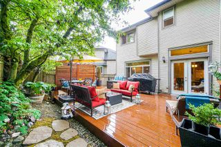 """Photo 19: 6150 165 Street in Surrey: Cloverdale BC House for sale in """"CLOVER RIDGE"""" (Cloverdale)  : MLS®# R2382723"""