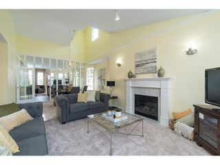 """Photo 5: 14 2533 152 Street in Surrey: Sunnyside Park Surrey Townhouse for sale in """"Bishops Green"""" (South Surrey White Rock)  : MLS®# R2382286"""