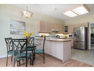 """Photo 11: 14 2533 152 Street in Surrey: Sunnyside Park Surrey Townhouse for sale in """"Bishops Green"""" (South Surrey White Rock)  : MLS®# R2382286"""