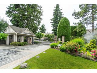 """Photo 2: 14 2533 152 Street in Surrey: Sunnyside Park Surrey Townhouse for sale in """"Bishops Green"""" (South Surrey White Rock)  : MLS®# R2382286"""