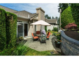 """Photo 19: 14 2533 152 Street in Surrey: Sunnyside Park Surrey Townhouse for sale in """"Bishops Green"""" (South Surrey White Rock)  : MLS®# R2382286"""