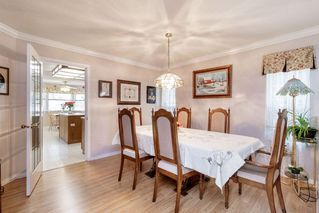 Photo 5: 13678 91 Avenue in Surrey: Bear Creek Green Timbers House for sale : MLS®# R2384528