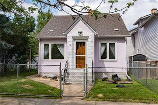 Photo 1: 79 Barber Street in Winnipeg: Point Douglas Residential for sale (4A)  : MLS®# 1921685