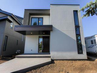 Photo 2: 10764 69 Street in Edmonton: Zone 19 House for sale : MLS®# E4174280