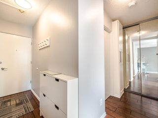 "Photo 3: 402 2370 W 2ND Avenue in Vancouver: Kitsilano Condo for sale in ""CENTURY HOUSE"" (Vancouver West)  : MLS®# R2408249"