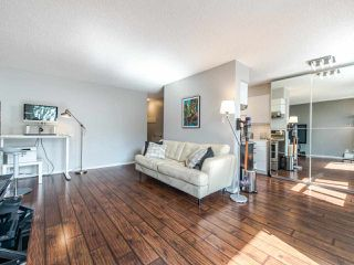 "Photo 5: 402 2370 W 2ND Avenue in Vancouver: Kitsilano Condo for sale in ""CENTURY HOUSE"" (Vancouver West)  : MLS®# R2408249"
