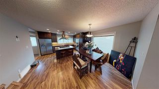 Photo 10: 14844 140 Street in Edmonton: Zone 27 House for sale : MLS®# E4177443