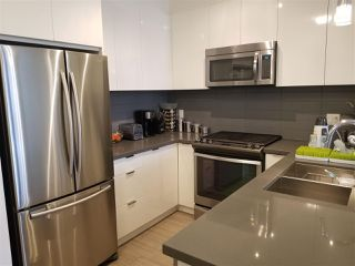 """Photo 3: 408 15168 33 Avenue in Surrey: Morgan Creek Condo for sale in """"HARVARD GARDENS"""" (South Surrey White Rock)  : MLS®# R2442216"""