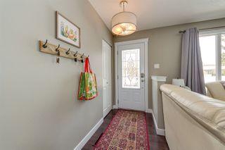 Photo 2: 10543 45 Street in Edmonton: Zone 19 House for sale : MLS®# E4190672