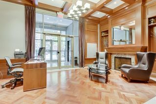 Photo 3: 502 701 3 Avenue SW in Calgary: Eau Claire Apartment for sale : MLS®# C4301387