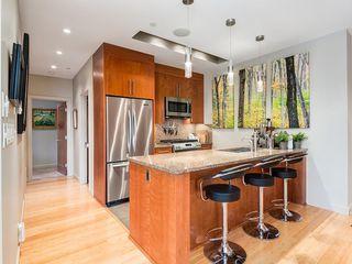 Photo 9: 502 701 3 Avenue SW in Calgary: Eau Claire Apartment for sale : MLS®# C4301387