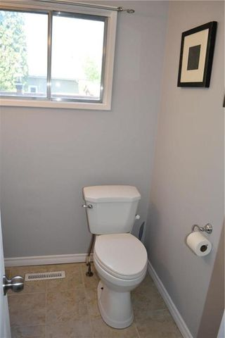 Photo 15: 11 Harwood Crescent in Winnipeg: Westdale Residential for sale (1H)  : MLS®# 202015099