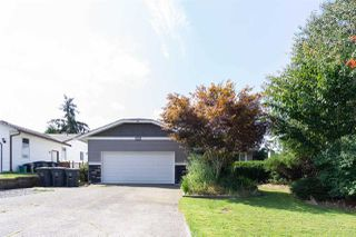 Main Photo: 18274 56B Avenue in Surrey: Cloverdale BC House for sale (Cloverdale)  : MLS®# R2482703
