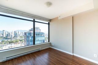 "Photo 15: 1107 1068 W BROADWAY in Vancouver: Fairview VW Condo for sale in ""The Zone"" (Vancouver West)  : MLS®# R2489887"