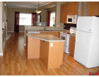 Photo 3: 12 2678 KING GEORGE HY in Surrey: King George Corridor Home for sale ()  : MLS®# F2807341
