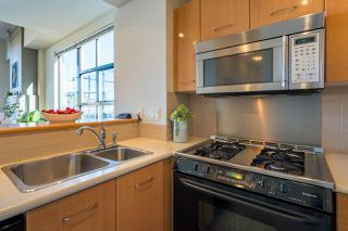 "Photo 7: 603 2268 REDBUD Lane in Vancouver: Kitsilano Condo for sale in ""Ansonia"" (Vancouver West)  : MLS®# R2515978"