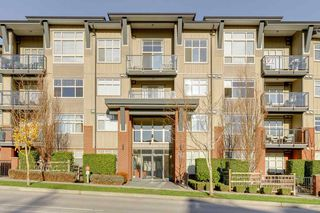 """Photo 2: 103 19201 66A Avenue in Surrey: Clayton Condo for sale in """"ONE92"""" (Cloverdale)  : MLS®# R2521649"""