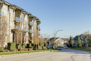 """Photo 29: 103 19201 66A Avenue in Surrey: Clayton Condo for sale in """"ONE92"""" (Cloverdale)  : MLS®# R2521649"""