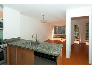 """Photo 1: 320 1330 BURRARD Street in Vancouver: Downtown VW Condo for sale in """"ANCHOR POINT"""" (Vancouver West)  : MLS®# V878179"""