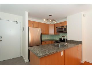 """Photo 4: 320 1330 BURRARD Street in Vancouver: Downtown VW Condo for sale in """"ANCHOR POINT"""" (Vancouver West)  : MLS®# V878179"""