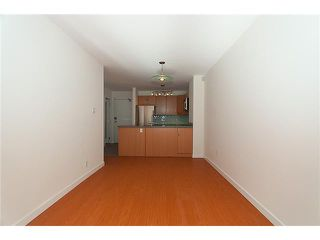 """Photo 3: 320 1330 BURRARD Street in Vancouver: Downtown VW Condo for sale in """"ANCHOR POINT"""" (Vancouver West)  : MLS®# V878179"""