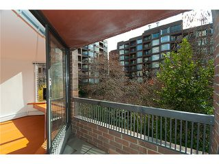 """Photo 9: 320 1330 BURRARD Street in Vancouver: Downtown VW Condo for sale in """"ANCHOR POINT"""" (Vancouver West)  : MLS®# V878179"""