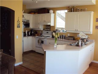 """Photo 4: 70 7501 CUMBERLAND Street in Burnaby: The Crest Townhouse for sale in """"DEERFIELD"""" (Burnaby East)  : MLS®# V882308"""