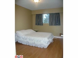 Photo 7: 9014 PRINCE CHARLES Boulevard in Surrey: Queen Mary Park Surrey House for sale : MLS®# F1120011