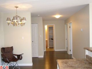 Photo 6: 102 14881 MARINE Drive: White Rock Condo for sale (South Surrey White Rock)  : MLS®# F1221954