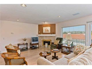 Photo 2: LA COSTA Townhome for sale : 3 bedrooms : 2528 NAVARRA Drive #B in CARLSBAD