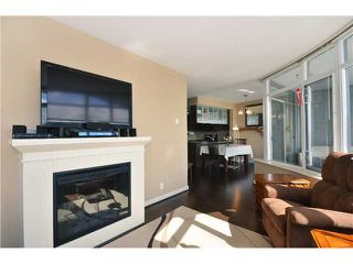 "Photo 7: 1901 892 CARNARVON Street in New Westminster: Downtown NW Condo for sale in ""Azure 2"" : MLS®# V1044252"