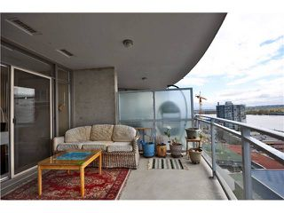 "Photo 11: 1901 892 CARNARVON Street in New Westminster: Downtown NW Condo for sale in ""Azure 2"" : MLS®# V1044252"