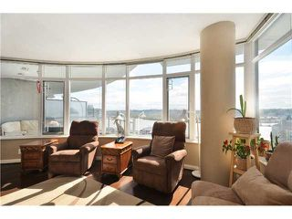 "Photo 4: 1901 892 CARNARVON Street in New Westminster: Downtown NW Condo for sale in ""Azure 2"" : MLS®# V1044252"