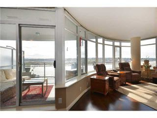 "Photo 6: 1901 892 CARNARVON Street in New Westminster: Downtown NW Condo for sale in ""Azure 2"" : MLS®# V1044252"