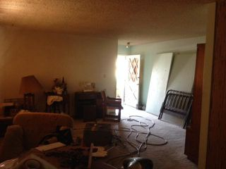Photo 4: EL CAJON House for sale : 3 bedrooms : 943 Ednabelle Court