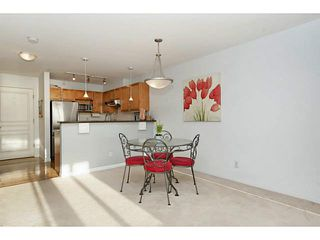"Photo 4: 311 333 E 1ST Street in North Vancouver: Lower Lonsdale Condo for sale in ""Vista West"" : MLS®# V1099857"