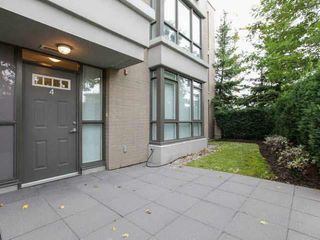 "Photo 2: 4 7575 ALDERBRIDGE Way in Richmond: Brighouse Townhouse for sale in ""OCEAN WALK"" : MLS®# V1139946"