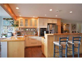 Photo 3: 1774 OCEAN BEACH ESPL in Gibsons: Gibsons & Area House for sale (Sunshine Coast)  : MLS®# R2010136