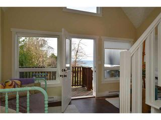 Photo 14: 1774 OCEAN BEACH ESPL in Gibsons: Gibsons & Area House for sale (Sunshine Coast)  : MLS®# R2010136