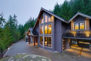 "Photo 2: 1597 TYNEBRIDGE Lane in Whistler: Spring Creek House for sale in ""SPRING CREEK"" : MLS®# R2018115"