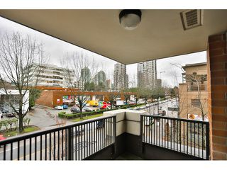 "Photo 4: 309 4182 DAWSON Street in Burnaby: Brentwood Park Condo for sale in ""TANDEM 3"" (Burnaby North)  : MLS®# R2019627"