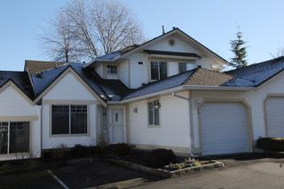 "Photo 1: 46 8737 212 Street in Langley: Walnut Grove Townhouse for sale in ""Chartwell Green"" : MLS®# R2024055"