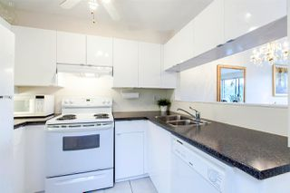"Photo 13: 109 811 W 7TH Avenue in Vancouver: Fairview VW Townhouse for sale in ""WILLOW MEWS"" (Vancouver West)  : MLS®# R2050721"