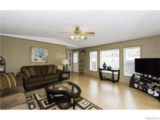 Photo 7: 11 Birch Crescent in St Clements: East Selkirk / Libau / Garson Residential for sale (Winnipeg area)  : MLS®# 1612655