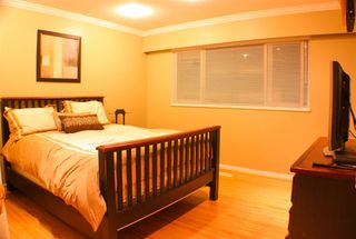 Photo 6: 625 SCHOOLHOUSE Street in Coquitlam: Central Coquitlam House for sale : MLS®# R2107726